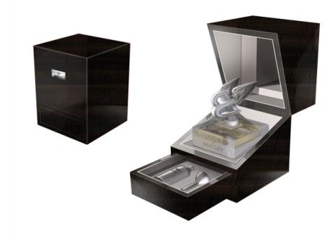 The 'Lalique for Bentley Crystal Edition' comes in crystal flacon featuring Bentley's 'Flying B' mascot. Bentley say the finely wrought gleaming crystal and dynamic styling of its wings 'epitomises timeless beauty.'