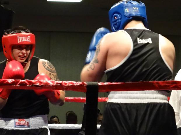 Boxing club welcome hundreds to fight night