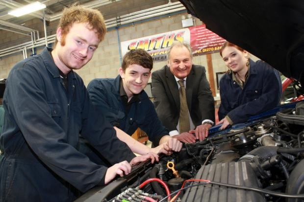 Crewe Guardian: l-r Students Atrau Charlton, Liam Edwards and Debra Bligh meet Richard Noble, second right.