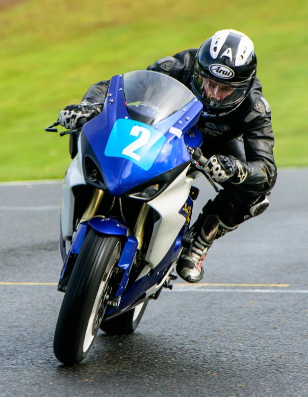 Crewe Guardian: Craig Beggs from Crewe racing in his 650cc Suzuki.  Photo - MIKE LYNE