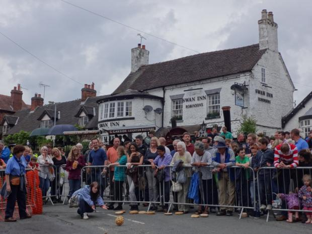 Crewe Guardian: Wybunbury comes to a standstill for annual Fig Pie Wakes