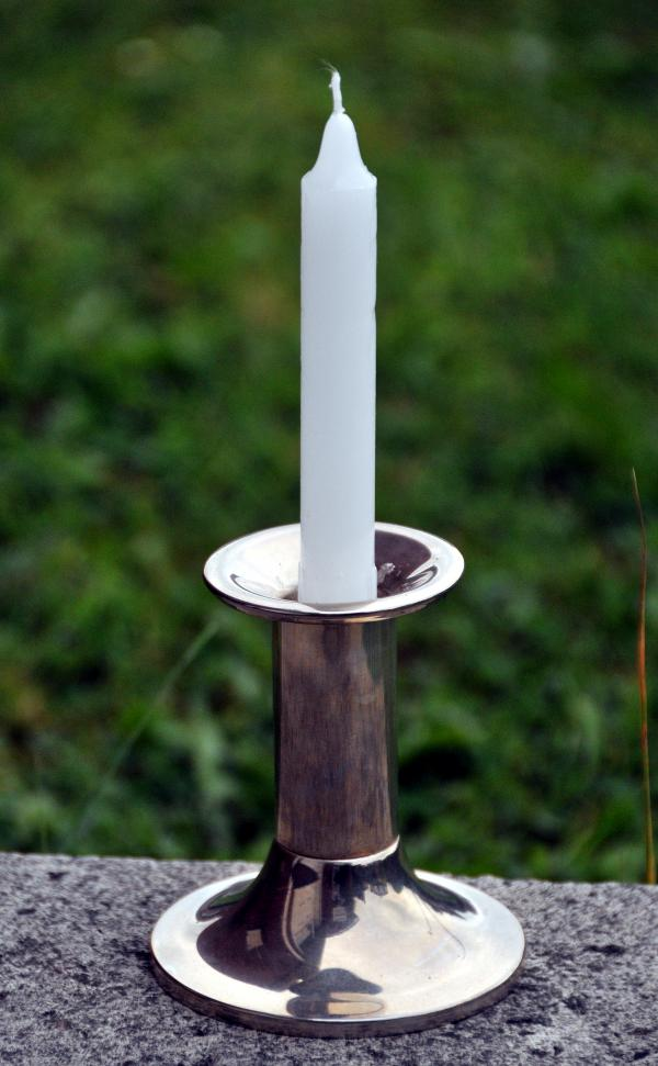 First World War commemorative candle stolen from Winsford garden during centenary