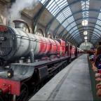 Crewe Guardian: The Wizarding World of Harry Potter - Hogwarts Express at Universal Orlando Resort.